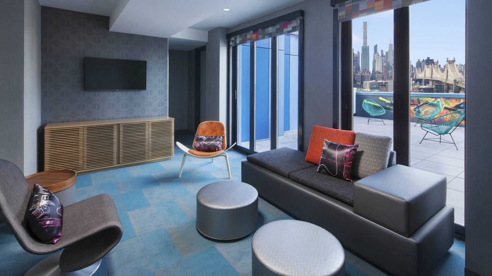 Aloft Breezy Suite